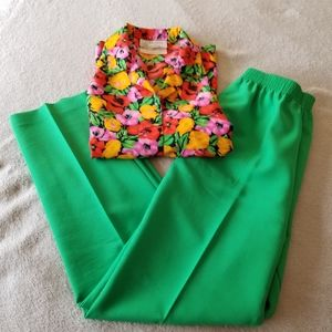 VINTAGE High Waisted Green Pants Size 8